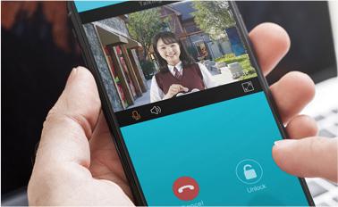 スマートフォンで通話・解錠可能